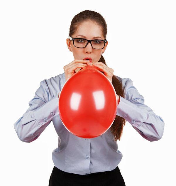 Gesichtsyoga-Übung Ballon aufblasen